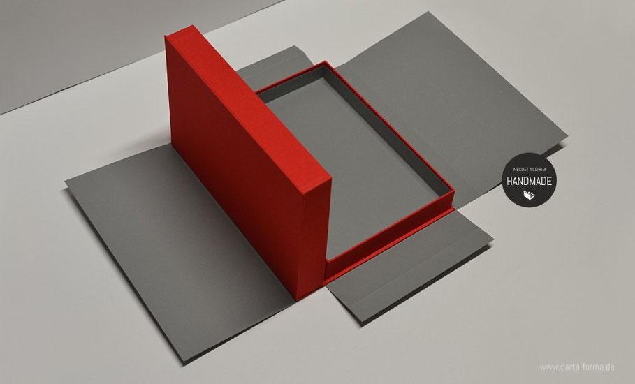 art portfolio necdet yildirim artbox portfoliokasette. Black Bedroom Furniture Sets. Home Design Ideas