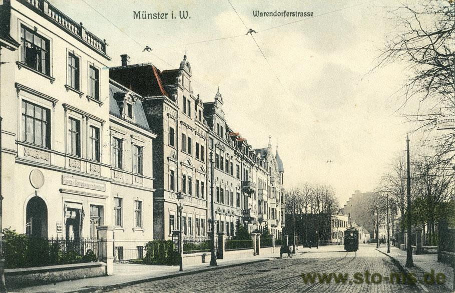 Warendorfer Straße mit Gertrudenhof hinten links