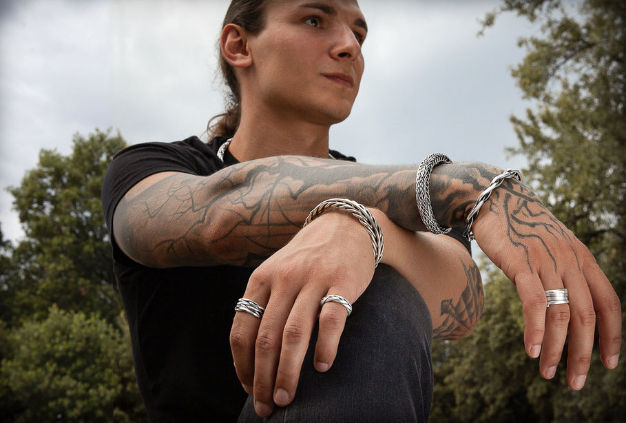 bracelet de fils d'argent massif tressés à la main
