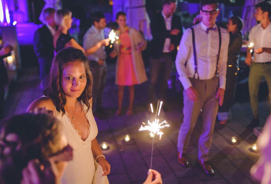Hochzeit, der beste Fotograf, Russelsheim am Main, Nauheim, Bischofsheim, Bauschheim, Hessen, Fotografie, Reportage, Portrait,  Bräutigam, Braut, der erste Tanz, Opel Ville Restaurant,