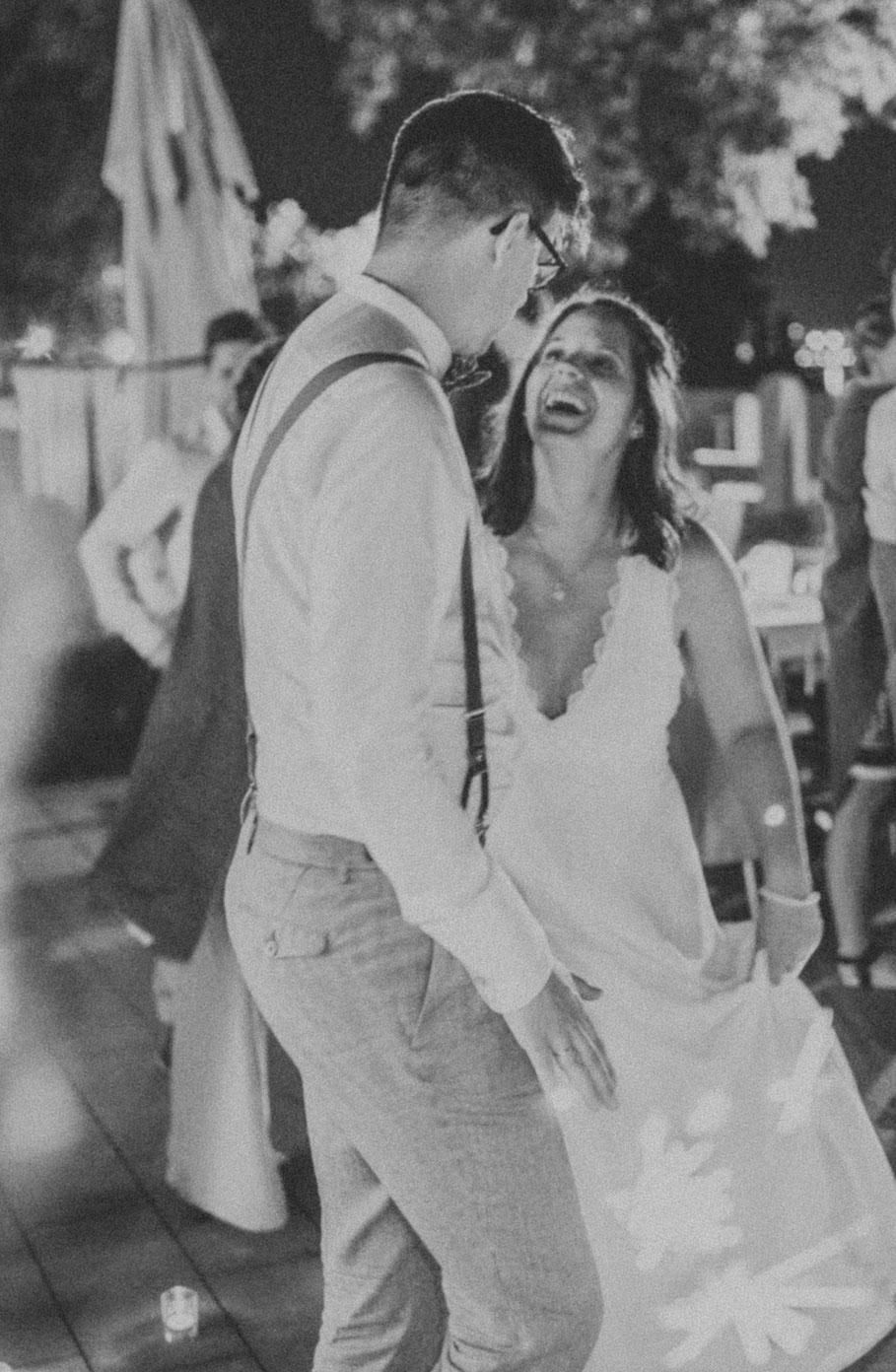 Hochzeit, der beste Fotograf, Russelsheim am Main, Nauheim, Bischofsheim, Bauschheim, Hessen, Fotografie, Reportage, Portrait,  Bräutigam, Braut, der erste Tanz, Opel Ville Restaurant, party