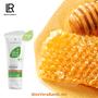 L'ALOE VERA à la PROPOLIS – Une lotion douce     Une crème douce à la propolis et cire d'abeille. Soin riche et intense contenant 79% de gel pur d'Aloé vera.