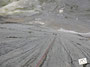mehrere hundert Meter hohe Platten mit lässiger Wasserrillenkletterei