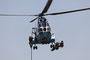Eine IAR 99 brachte die zweite Gruppe Spezialkräfte,.....