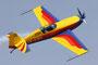 Eine weitere Kunstflugformation des Aeroclub Romania....