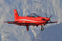 PC-21 in voller roter Lackierung.
