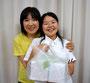 お母さんと合格を喜ぶ 医療福祉