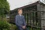 Michael Mader, Geschäftsführer vom Skulpturenpark Waldfrieden in Wuppertal vor dem Neubau am Skulpturenpark