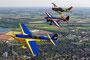 Henry Bohlig & Mike Rottland - Extra 300 S und Ralf Niebergall Siai-Marchetti SF-260