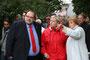 Die Remscheider SPD um Sven Wirtz und OB Beate Wilding auf einer Bürgerwanderung mit Hannelore Kraft