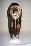 Орангутан 1971 г. Б.Я. Воробьев. Роспись В.М. Жбанов Роспись подглазурная, полихромная. Высота 19, 8 см. Марка: ЛФЗ синяя.
