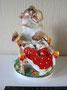 Медведица с колыбелью  1951 г. Е.И. Чарушин, И.И. Ризнич. Роспись надглазурная полихромная,  высота 16,7 см. Марка: ЛФЗ синяя.  Реставрация колыбели.