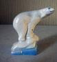 Медведь на льдине 1947 г. Б.Я Воробьев. Роспись надглазурная , высота 5 см. Марка: ЛФЗ  красная.