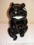 Гималайский медведь 1964 г. Б.Я Воробьев. Роспись подглазурная монохромная, высота 17, 3 см. Марка: ЛФЗ синяя, в/с.