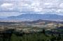 Blick über den südl. Teil des Capitol Reef NP: 'Waterpocket Fold' (im Hintergrund die Henry Mountains) - Diese markante Faltung verläuft ca 150 km in nord-südl.Richtung