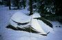 Schwerer nasser Schnee - im Zelt: schön warm, daußen: saukalt