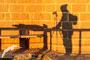 Sombra de Israel en el mirador de los buitres