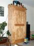 Schrank aus Birkenholz