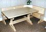Eckbank und Tisch