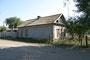 По семейной легенде, Мясников Василий Маркелович начал строить этот дом около 1870 года, когда женился. Здесь родились его дети и внуки. В 1933 г. семья была раскулачена и выслана в Сибирь. Хозяевами дома стали другие люди.