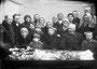Похороны Касимова Василия Варфоломеевича, 1940 г. В первом ряду сидят: жена Александра Васильевна и дочь Ираида, Борзуновы ММ и ВЕ с внуком. В настоящее время могила Касимова не сохранилась
