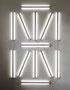 S E G M E N T,  2007, Lichtleisten,  Leuchtstofflampen, Wandmontage, 330 × 200 cm