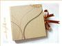 """Schlichte Eleganz. Fotoalbum """"Goldene Hochzeit"""" - Einband aus Strukturpapier, welches an handgeschöpftes Bütten erinnert. Die zarten Muster und der Metallic-Effekt veredeln, ebenso der caramelfarbene Schleifenverschluss aus Satin. LIEBEN DANK an ڿڰ✿ Maria"""