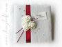 Fotoalbum selbst gestalten - Hochzeitsalbum mit Spitzenstoff, Rosen, Satinbänder, Perlen und Namen