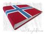 Fotoalbum Norwegen - 35cmx25cm, 100 Seiten elfenbeinfarben, Bezugstoff Buchbinderleinen rot, weiß und blau.