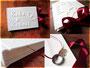 Buch mit Ringversteck für Heiratsantrag.