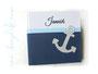 Fotoalbum mit Namen und Anker in weiß, hellblau und dunkelblau.