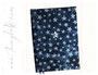 Tagebuch/Kalender - A5, Bezugstoff Jeans blau im Batik-Look mit Sternen bedruckt.