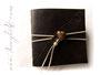 Foto-Gästebuch EchtLeder mit Herz aus Glas und Perlen. Elegant und schlicht - Creme- und Brauntöne.