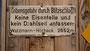 Ein Hinweisschild auf der Biwakschachtel am Watzmann-Hocheck.