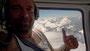 Ralf Seeger im Helikopter der CMBH (Chamonix Mont-Blanc Hélico), im Hintergrund der Gipfelgrad des Mont Blanc auf einer Höhe von 4.810 Metern.