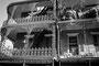 """Vieux Carré : """"L'architecture un peu étrange, un peu féminine et flamboyante et, par là même ...opulente, sensuelle, pécheresse..."""" Extrait de Absalon ! Absalon ! de W. Faulkner"""