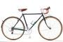 Oさんのツーリング車 :コンセプトは「71歳からの10年を楽しく旅するための自転車」。 1対1をきるゆったりとしたギア比、ポジションの変化も想定したハンドル&サドルまわりの部品構成が特徴です。色はフォレストグリーン。