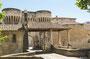 Pernes - les- Fontaines, 2 der 3 Türme der mittelalterlichen Stadtmauer