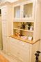 Auch die Küchenbuffets sind aus unserer Werkstatt und werden nach Maß gebaut.
