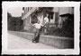 1945 Privatfoto vor Restaurant Abendstern, J.C. Heerstr.