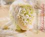 Brautstrauß rund mit Perlenmanschette