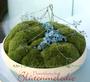 "Ringkissen ""Moosschale"" mit Vergißmeinnicht  / SMITHERS-OASIS COMPANY Floral Foam. All rights reserved."