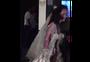 ... über die blutüberströmte Zombie-Braut ...