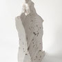 Figure traces 2 – 2018 / H 47 cm / fired white clay