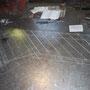 アイアン手すりは鉄板に原寸を描いて作り始めます