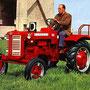 IHC Farmall F-137D Traktor (Quelle: Hersteller)