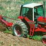 IHC 886 Traktor mit Kabine (Quelle: Hersteller)