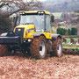 JCB Fastrac 3155 Traktor mit Pflug (Quelle: Classic Tractor Magazine)
