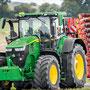 John Deere 7R 330 Traktor (Quelle: John Deere)