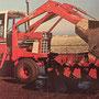 IHC 1486 Traktor mit Kabine und Frontlader (Quelle: Hersteller)